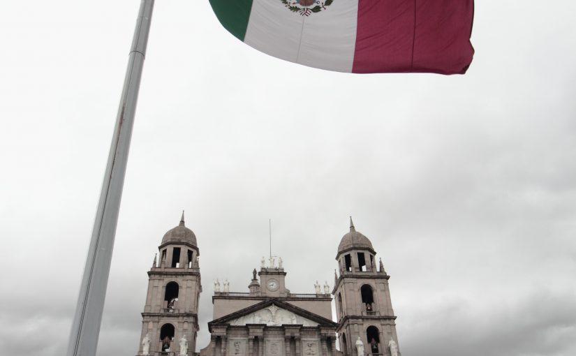 Across Cultural Borders: Constructing Alternatives in Psychotherapy: Merida, Yutacan, Mexico